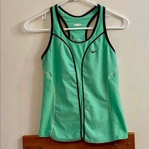 Nike Green Sleeveless Tank Top Size Small Sz 4-6